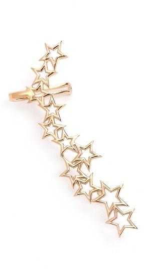 single earrings, fashion trends