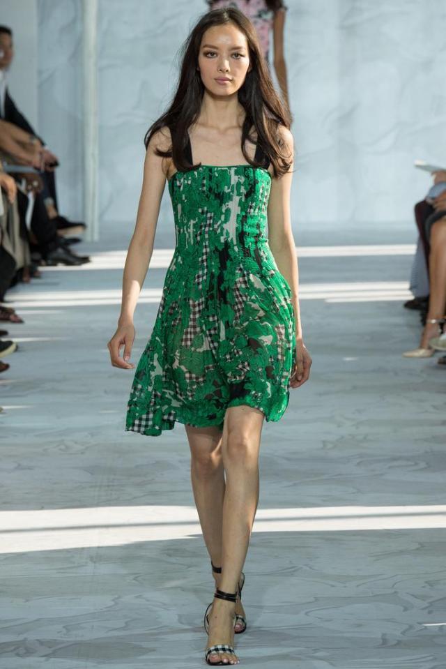 source, Style.com Photo: Yannis Vlamos / Indigitalimages.com